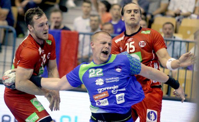 Matej Gaber na kvalifikacijski tekmi za svetovno prvenstvo,Celje Slovenija 09.06.2016 [Rokomet]