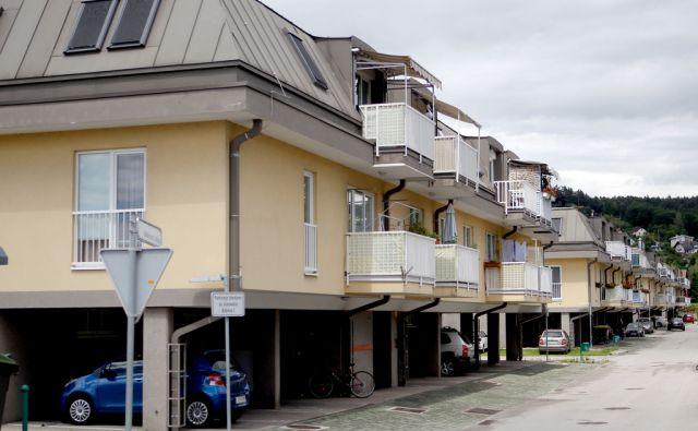 Večstanovanjske hiše stanovanjskega sklada v Bobrovi ulici,Ljubljana Slovenija 15.06.2016 [Stanovanja]