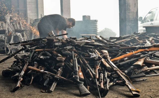 KOSOVO-WEAPON-SEIZURE-DESTRUCTION