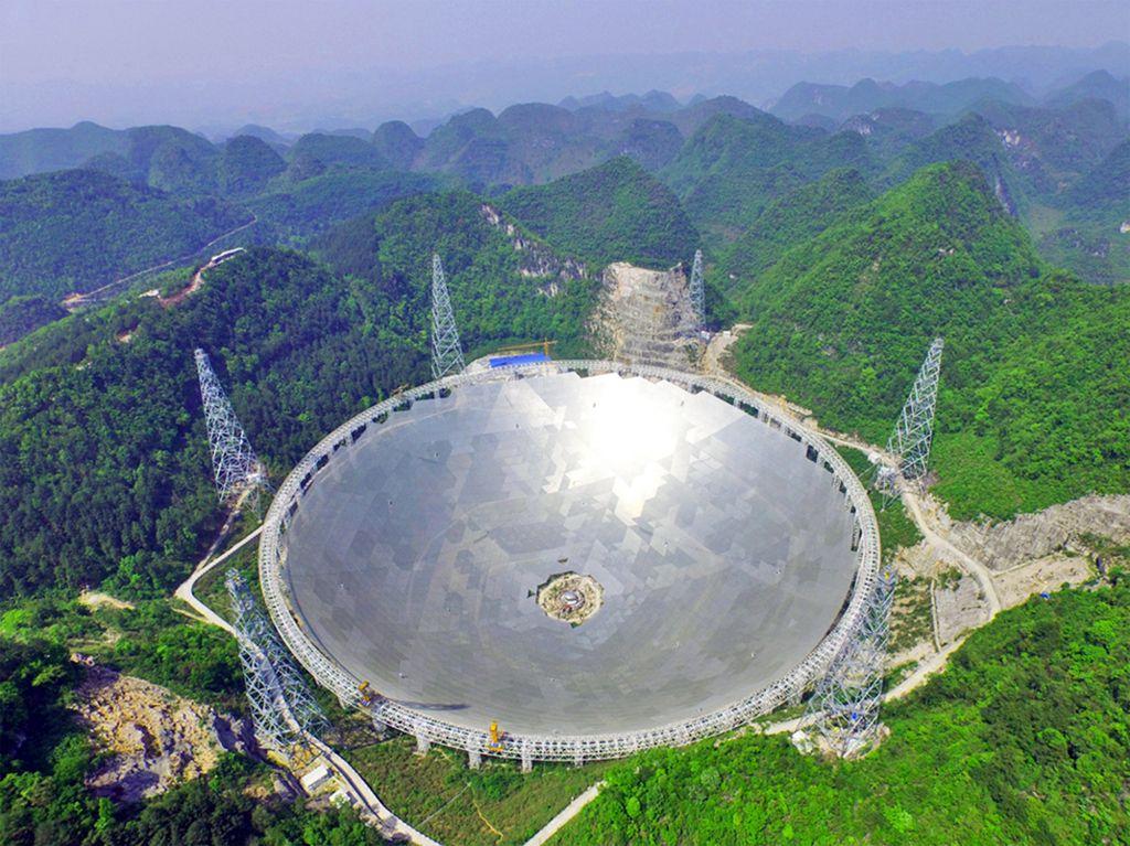 Največji teleskop za iskanje nezemljanov