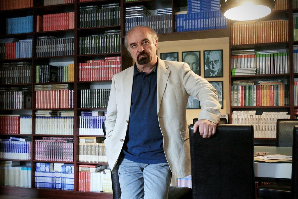 Evald Flisar odstopil s položaja predsednika slovenskega centra Pen