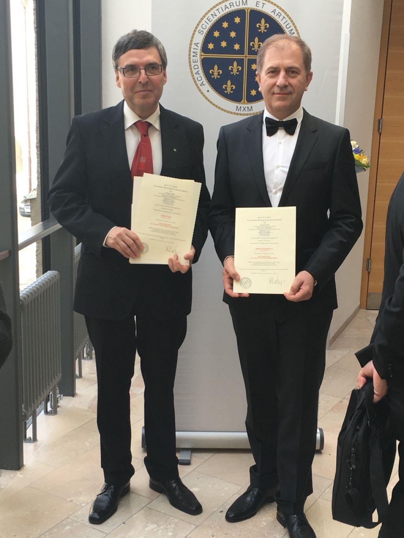 Hawlina in Kos tudi člana evropske akademije znanosti