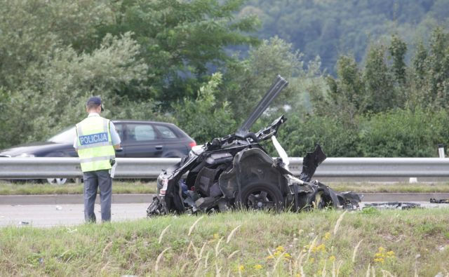 Maribor - tržaška cesta - smrtna prometna nesreča - nogometaši - NK Maribor - foto Sašo Bizjak