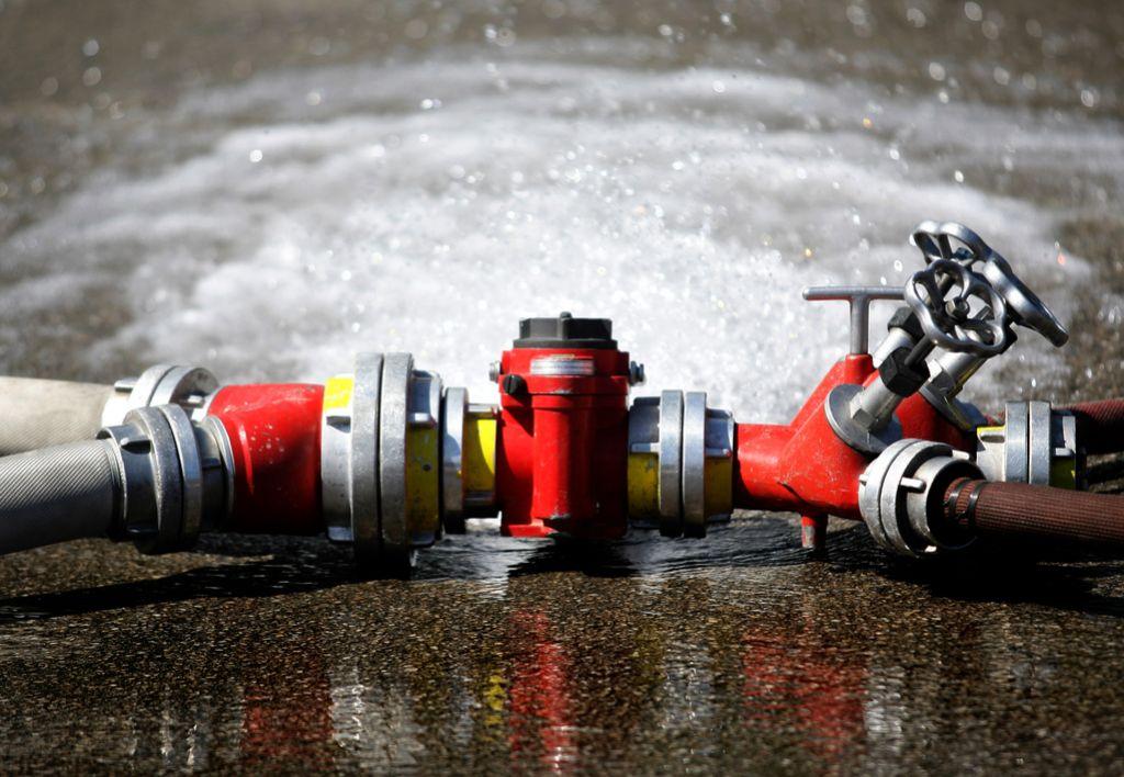 Varčevanje ne gre z roko v roki z varno pitno vodo