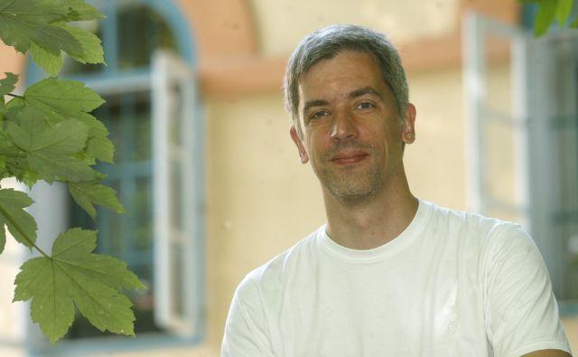 Domen Marinčič galsbenik in organizator Radovljiškega festivala stare glasbe. V Ljubljani 8.8.2013