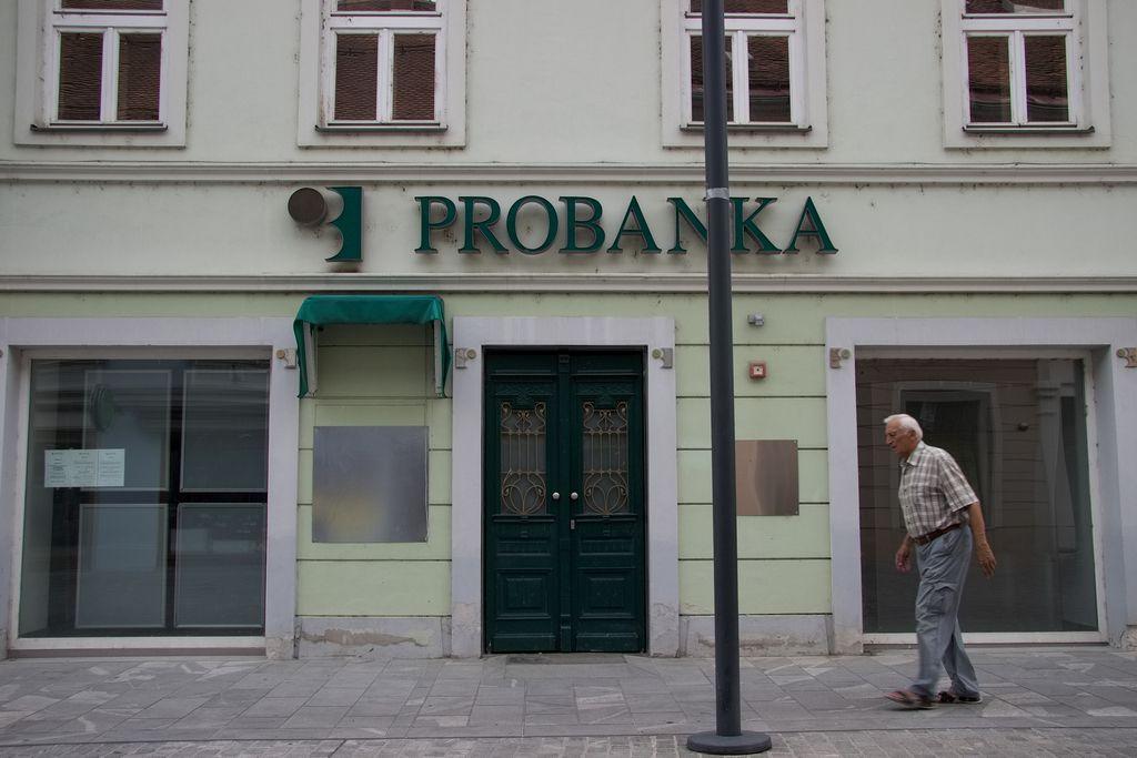 Kriza in slaba banka sta ustavili mesto