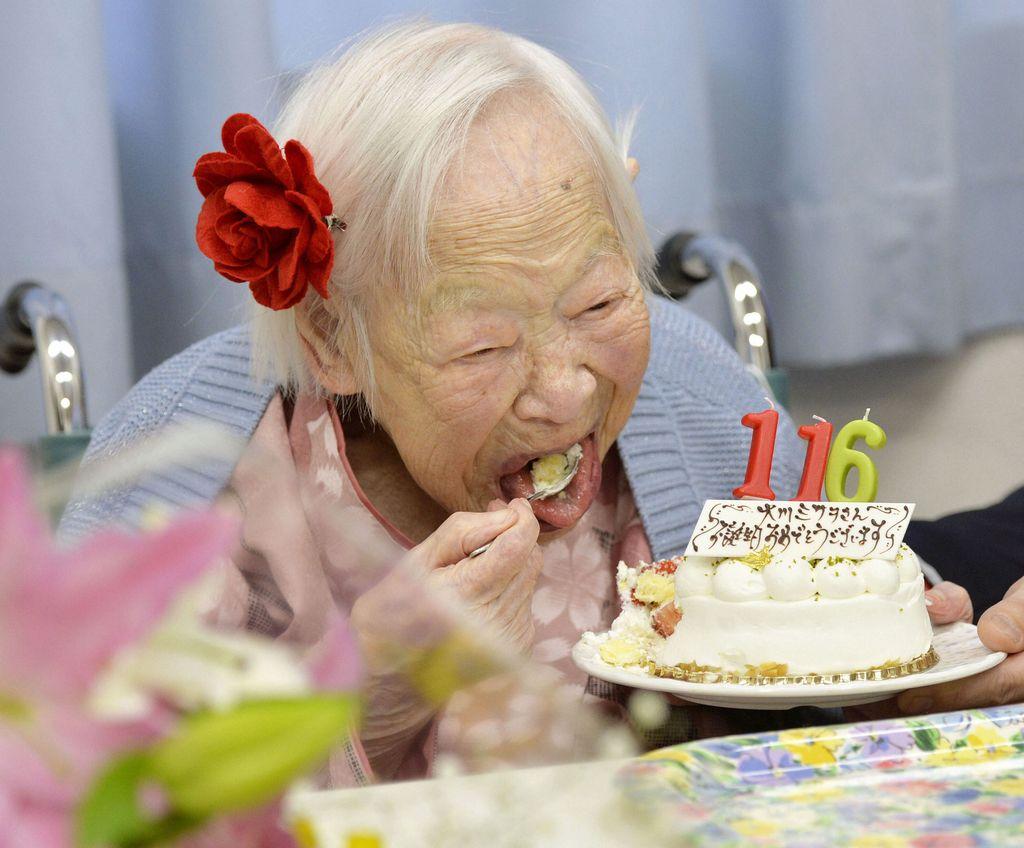 Japonci, starejši od 65 let, se vračajo na delo