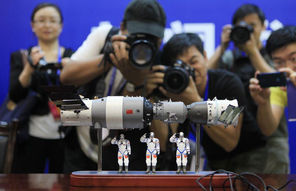 Kitajska vesoljska postaja prileti ponoči