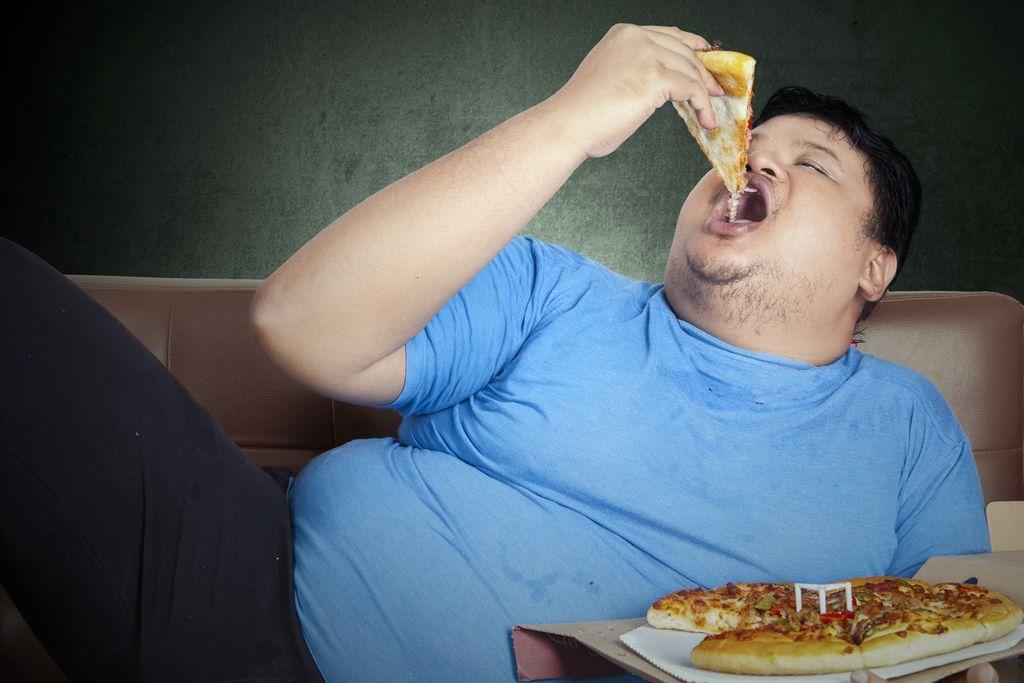Mastne kalorije: Krive so zvezde. Oziroma geni!