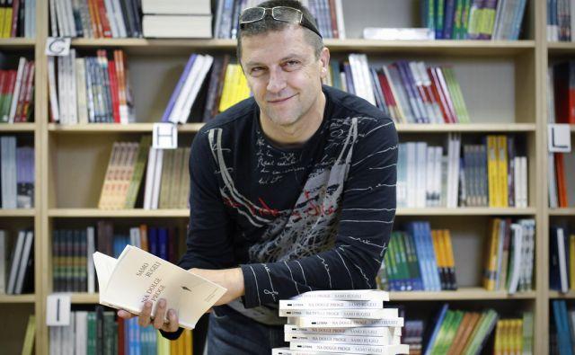 Založnik in pisatelj Samo Rugelj v Ljubljani, 10. oktober 2016 [pisatelji,Samo Rugelj,Ljubljana,portreti]