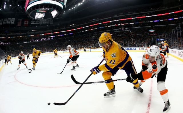 SPO-HKO-HKN-PHILADELPHIA-FLYERS-V-LOS-ANGELES-KINGS