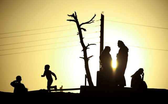 TOPSHOT-SYRIA-IRAQ-CONFLICT-REFUGEES