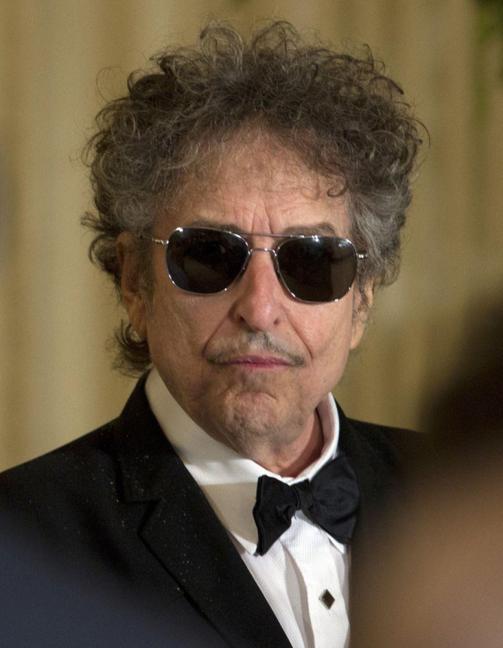 Dylanova dogodivščina z Nobelovo nagrado se bliža koncu