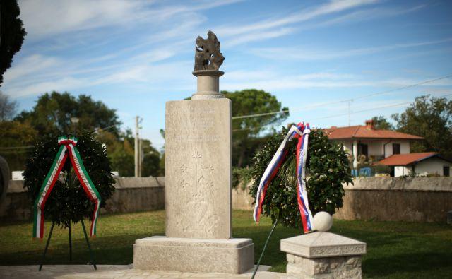 Doberdob, odprtje spomenika