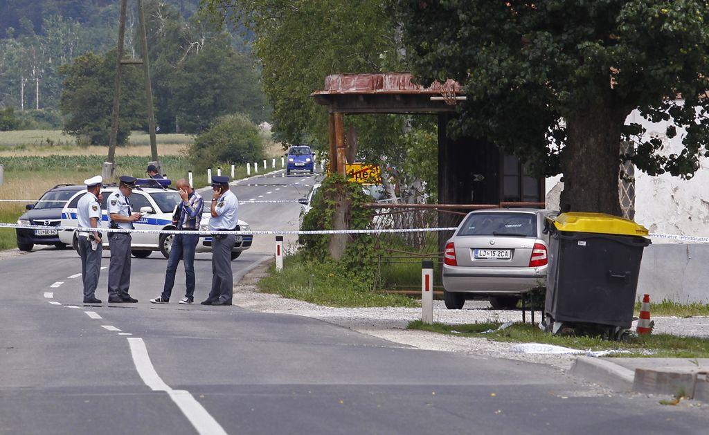 Do zob oboroženi policisti varovali rekonstrukcijo ugrabitve Škrbićeve