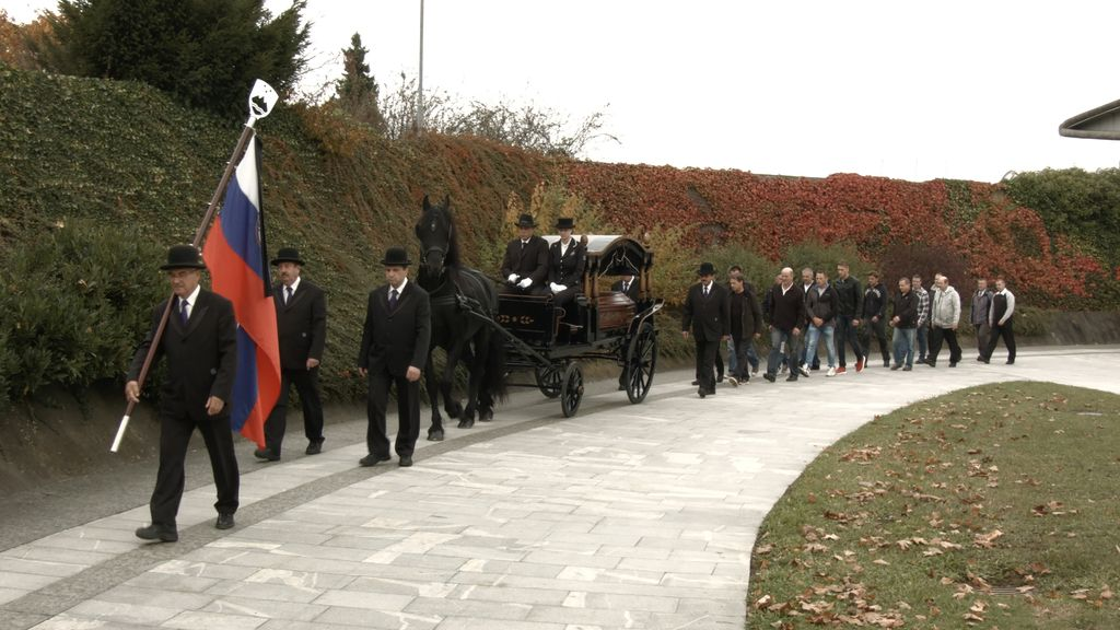 Pogrebi na prostem trgu