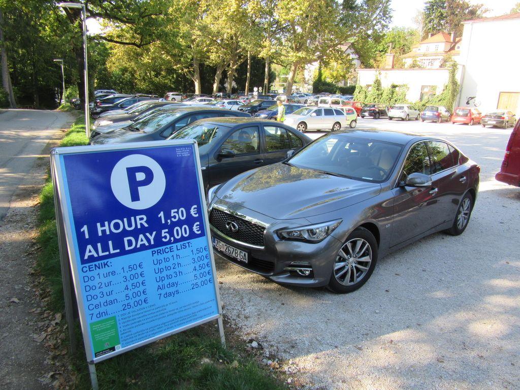 Plačilo neporavnane parkirnine iz tujine