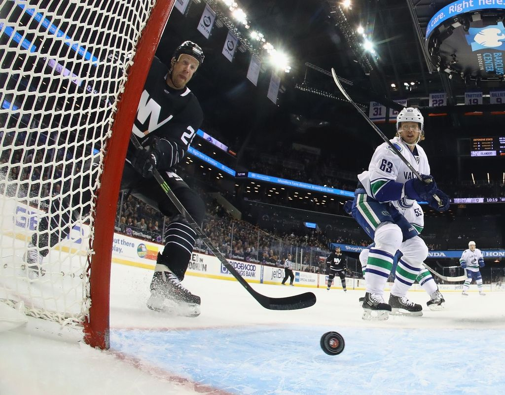 NHL: Vancouver devetič zapovrstjo na kolenih (VIDEO)