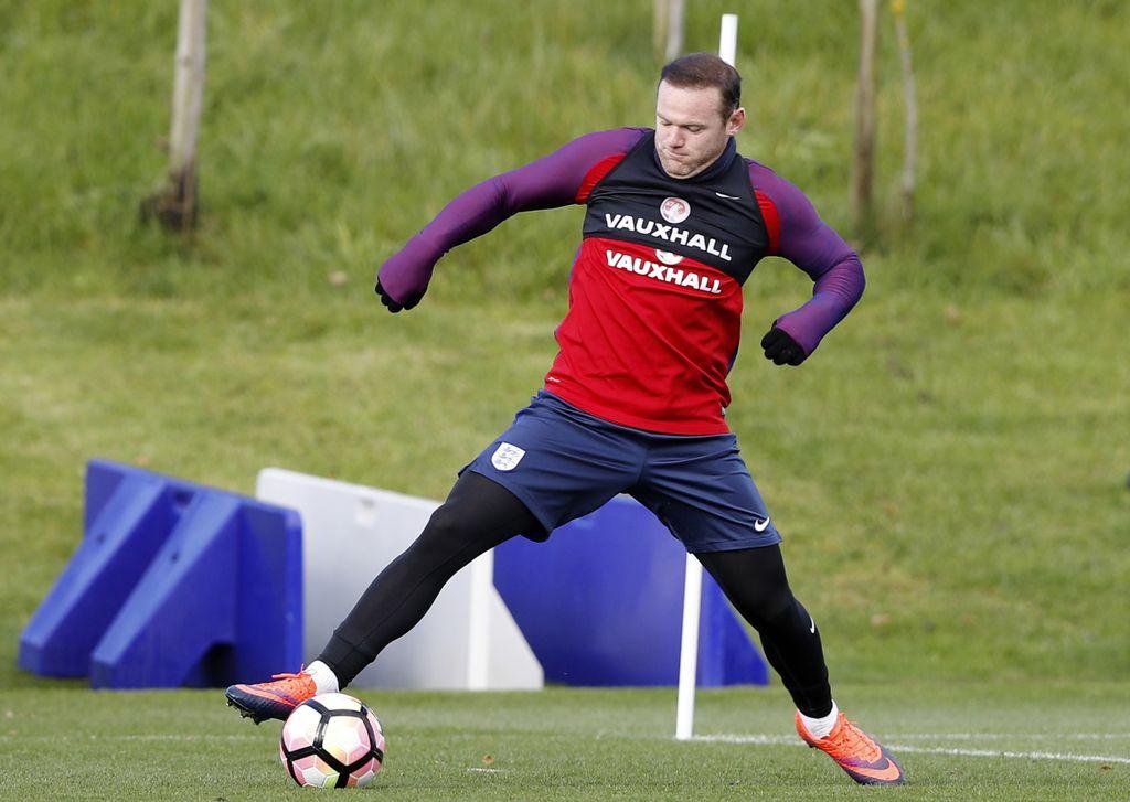 Wayne Rooney končal reprezentančno kariero