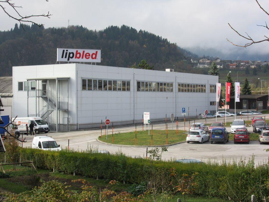 Lip Bled: pri izdelavi notranjih vrat uspešno tekmujejo tudi z Nemci