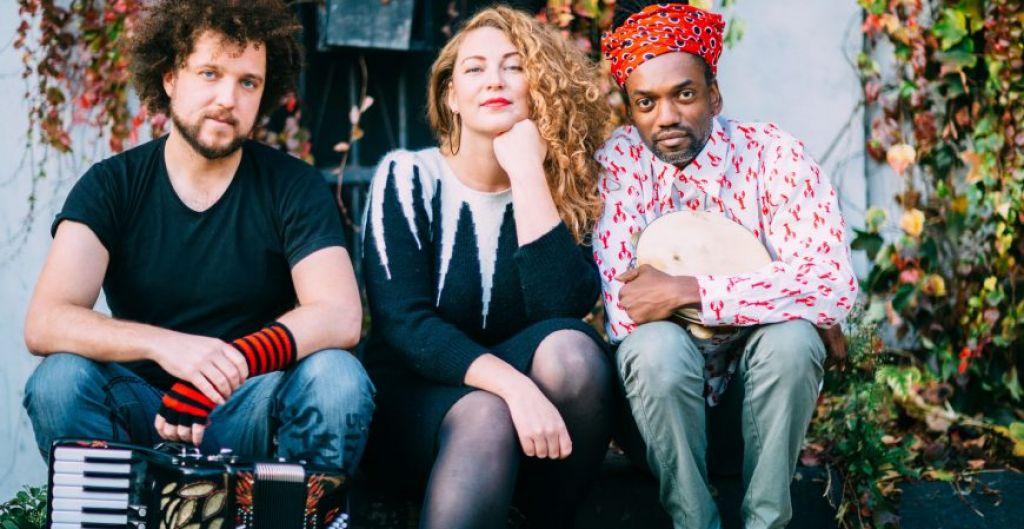 Elda trio − multikulturni meditacijski napevi