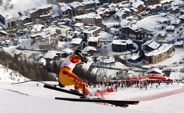 *ap* FRANCE WORLD ALPINE SKI