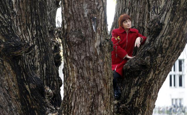 Vlasta Mlakar, avtorica knjige Rastlina je sveta od korenin do cveta, v Ljubljani, 23. novembra 2016. [Vlasta Mlakar,knjige,rastlinje,zelišča,rastline,zdravilstvo]