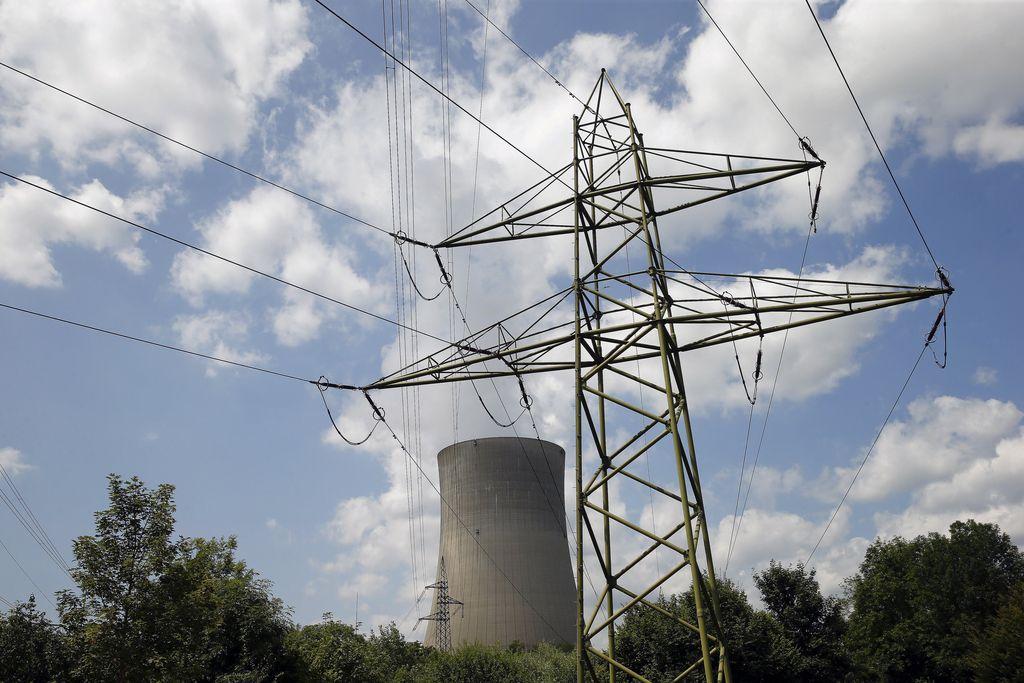 Švicarji proti hitremu zapiranju jedrskih elektrarn