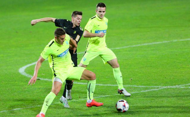 vvo*nogomet Koper - Olimpija