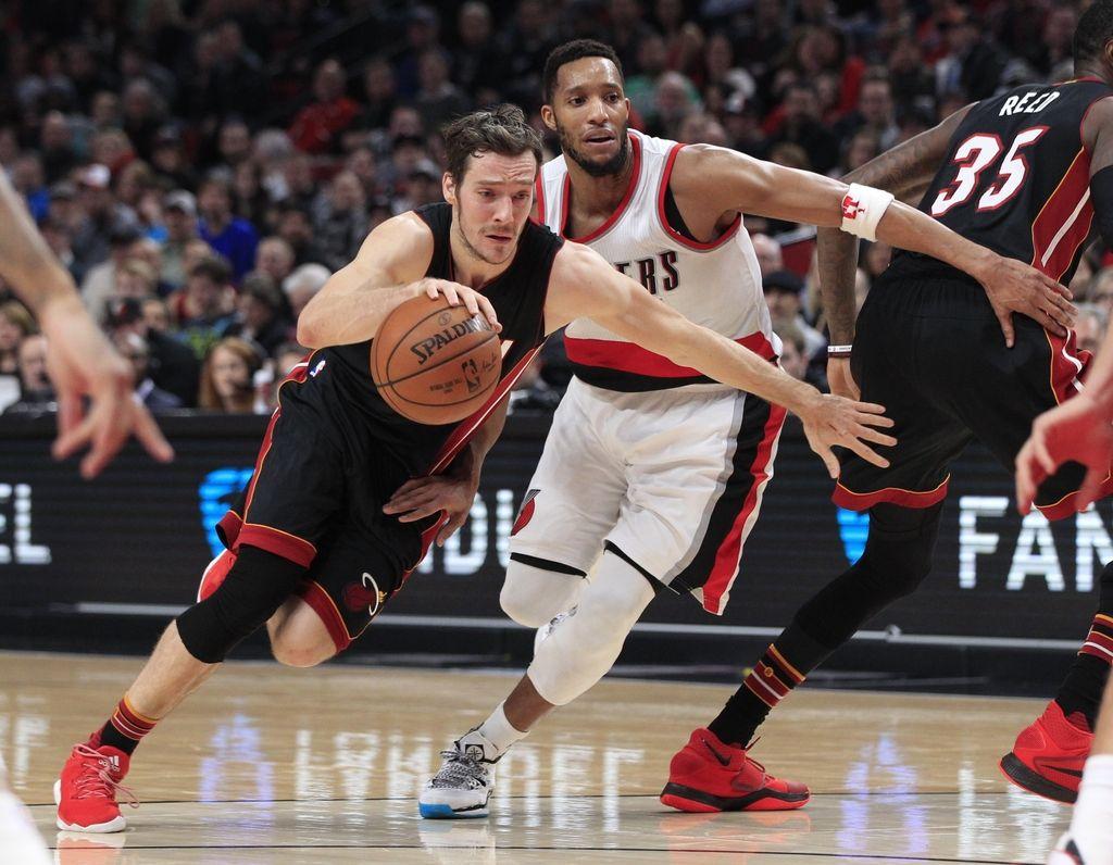 NBA: Dragić korak od trojnega dvojčka, Miami prekratek
