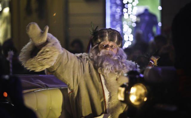 jsu-Sprevod Dedka Mraza