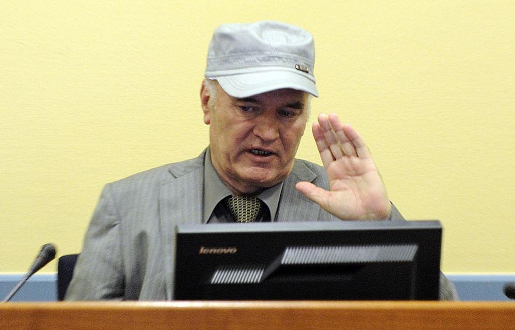 Haaško sodišče zavrnilo zahtevo za odložitev izreka razsodbe Mladiću