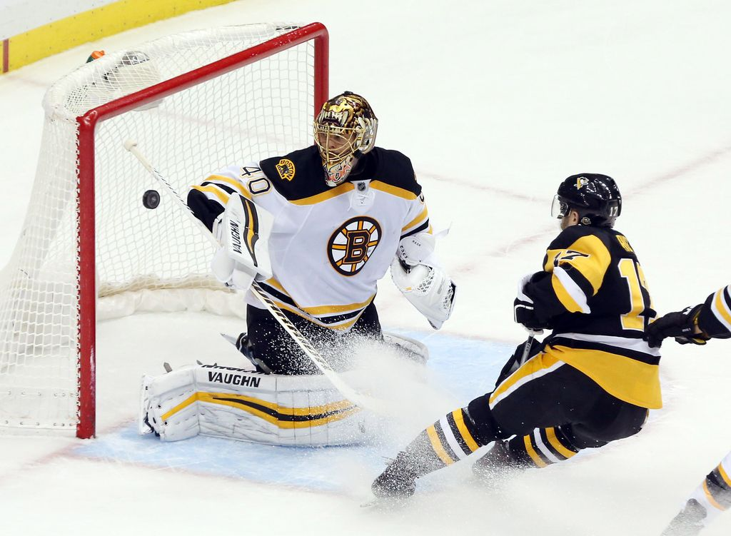 NHL: muke Pingvinov za sedmo zaporedno zmago (VIDEO)