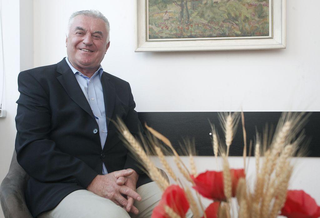 Upokojenci predstavili Cerarju predlog za zvišanje pokojnin