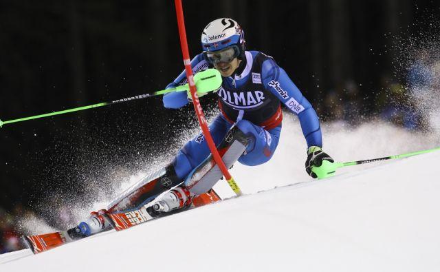 Norway's Henrik Kristoffersen competes during an alpine ski, men's World Cup slalom, in Madonna di Campiglio Italy, Thursday, Dec. 22, 2016. (AP Photo/Alessandro Trovati)