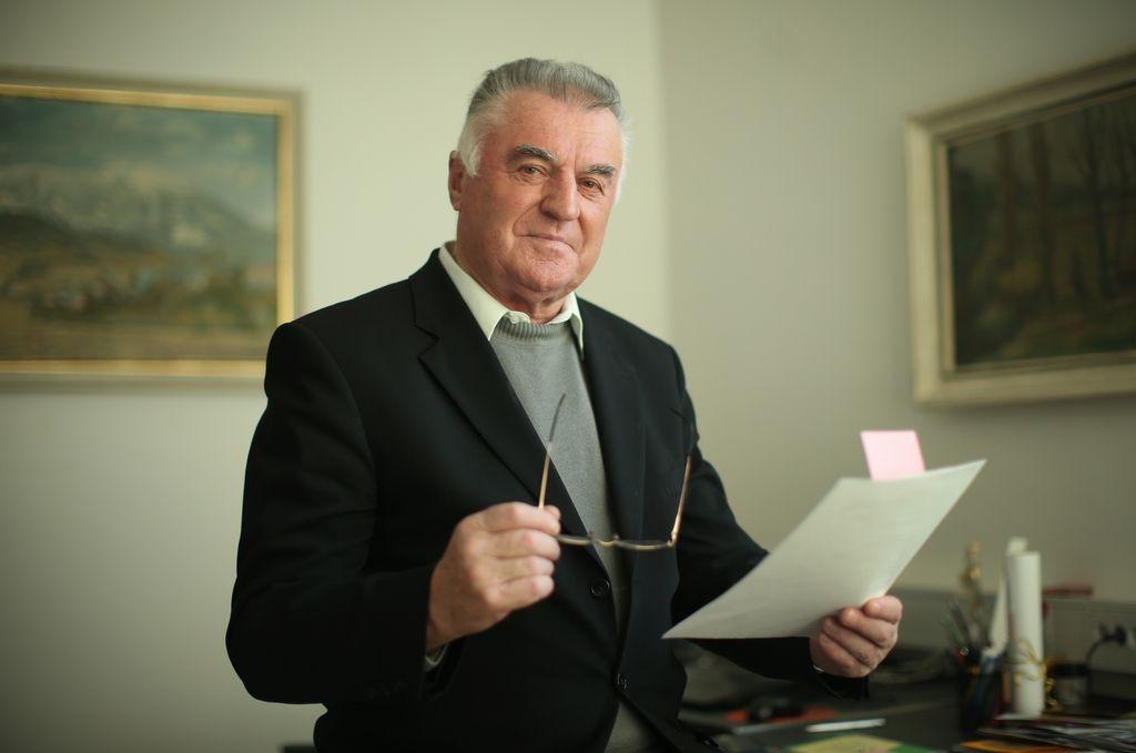 Janez Sušnik: »Politiki bi radi zlezli pod kožo upokojencem«