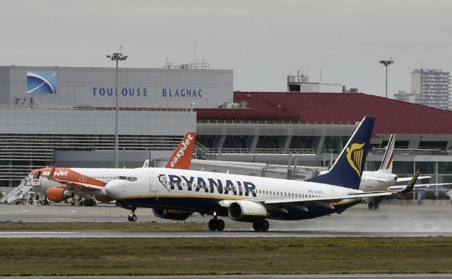 FILES-IRELAND-AVIATION-RYANAIR-TOURISM