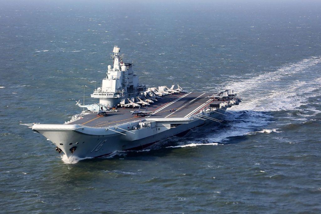 Kitajske vojaške ladje vznemirjajo Tajvan in Japonsko