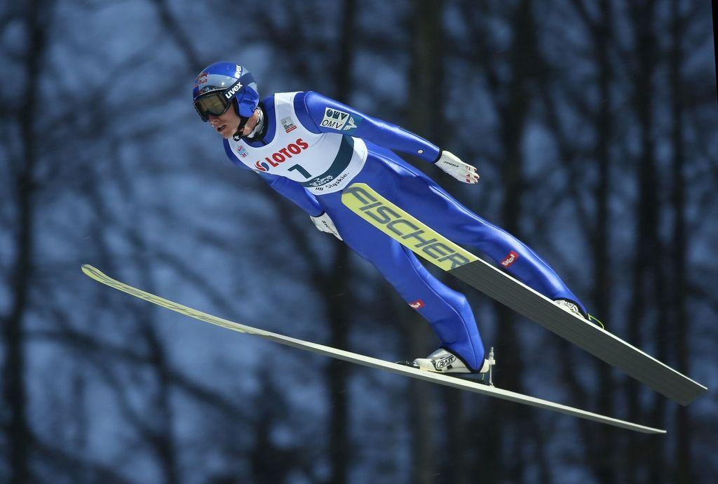 Konec tedna se na skakalnice vrača Schlierenzauer
