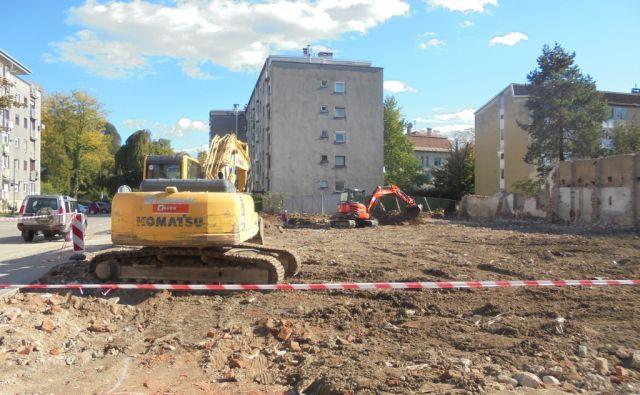 petkovšek gradbišče