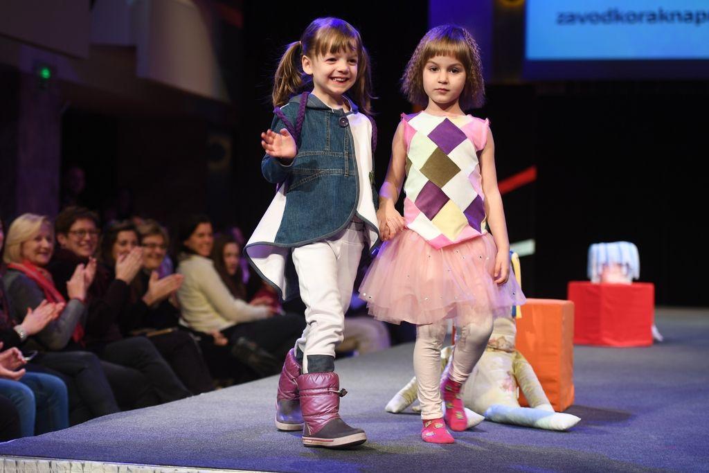 Predstavili prvo slovensko linijo predelanih oblačil za mlade