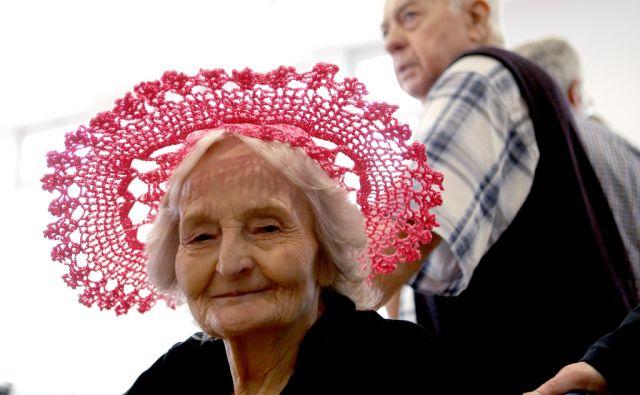 Modna revija v domu starejših občanov,Notanje gorice Slovenija 25.01.2017 [Modna revija,upokojenci]