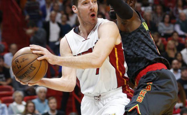 Hawks Heat Basketball