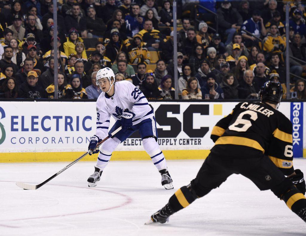 NHL: po toči golov zmaga v Toronto (VIDEO)