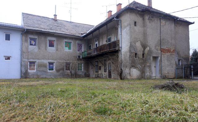 Predkupna pravica, hiša na Gorkega ulica 39, 9.2.2017, Maribor [predkupna pravica, foto tabor]