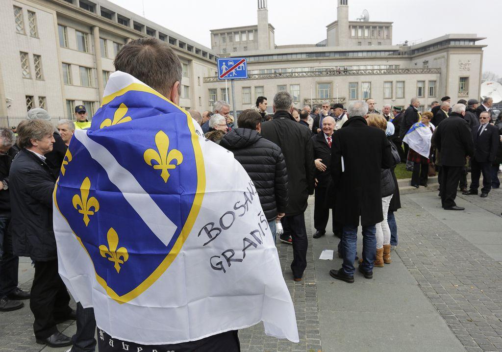 Srbija ni preprečila genocida v Srebrenici