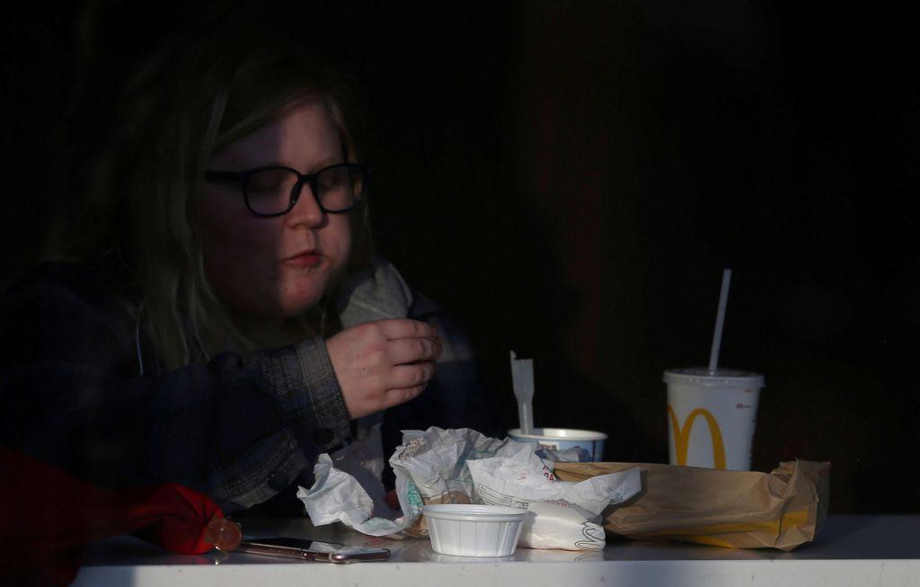 Debelost ni le znak nevednosti, temveč tudi revščine