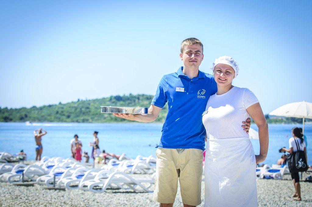 Turistični delavci na Jadranu na vse načine vabijo kadre