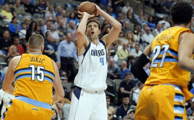 Nuggets Mavericks Basketball