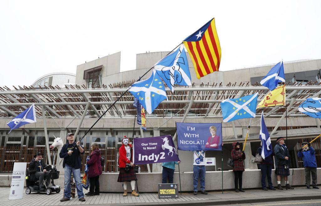 Težnje po neodvisnosti v ospredju predvolilnega boja